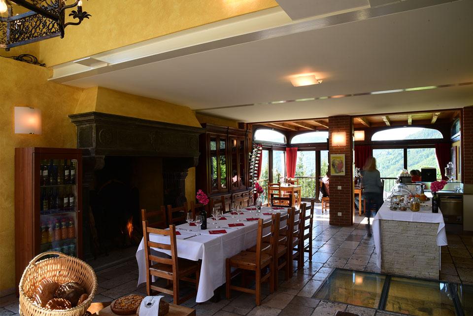 Tenuta Vallombrosa osteria ristorante vacanza canton ticino camera colazione bike hotel spazio eventi meeting